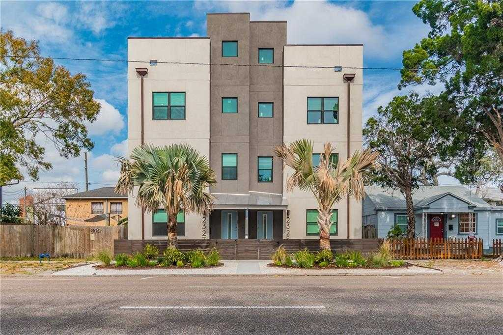 $700,000 - 3Br/4Ba -  for Sale in St Petersburg Investment Co Sub, St Petersburg