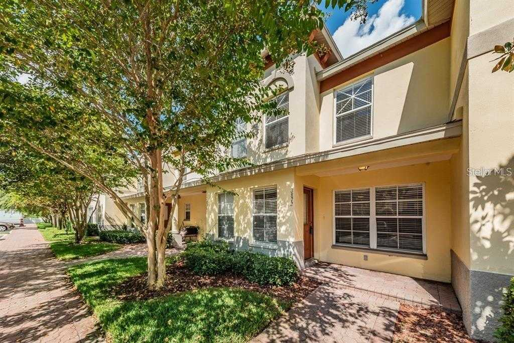 $226,000 - 2Br/3Ba -  for Sale in Coquina Key Twnhms, St Petersburg