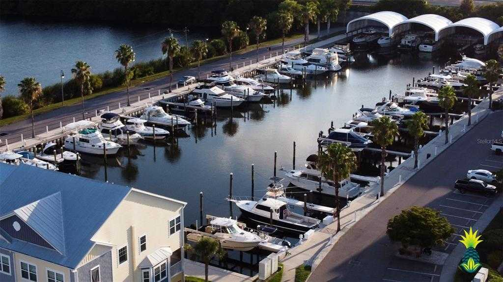 $525,000 - 3Br/3Ba -  for Sale in Cove At Loggerhead Marina, St Petersburg