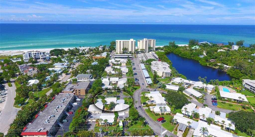 $565,000 - 3Br/2Ba -  for Sale in Whispering Sands, Sarasota