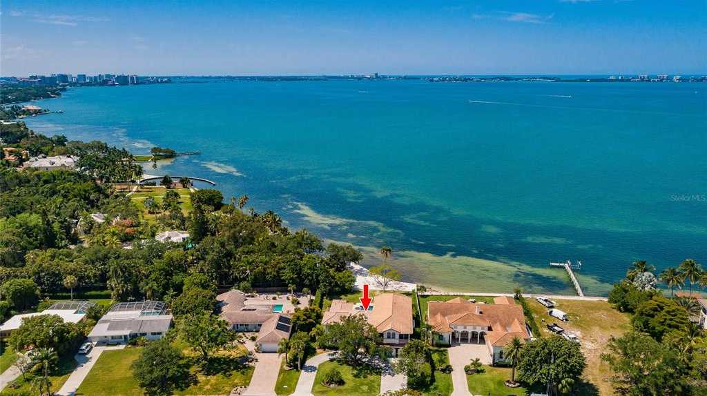$5,450,000 - 5Br/7Ba -  for Sale in Sapphire Shores, Sarasota