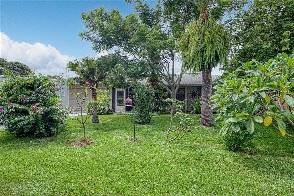 $439,900 - 3Br/2Ba -  for Sale in Greers Homeland, Sarasota