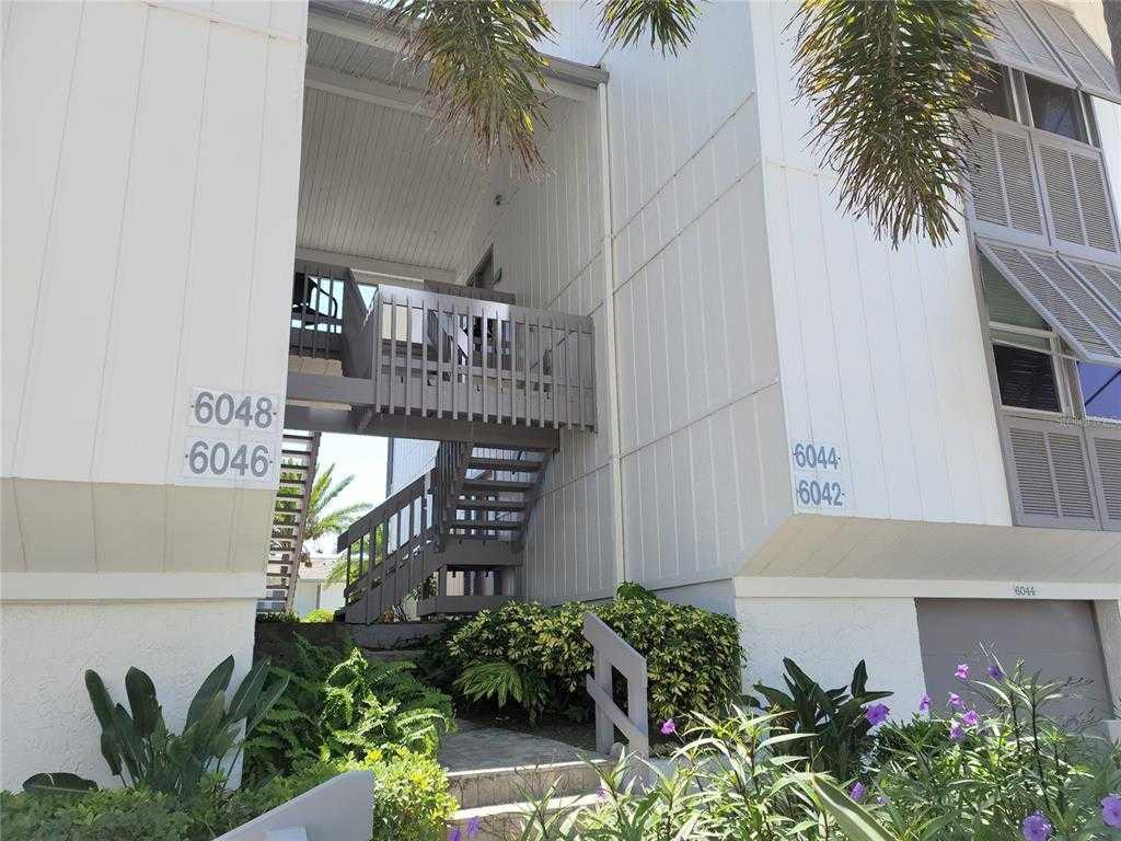 $839,000 - 2Br/2Ba -  for Sale in Peppertree Bay Iv, Sarasota