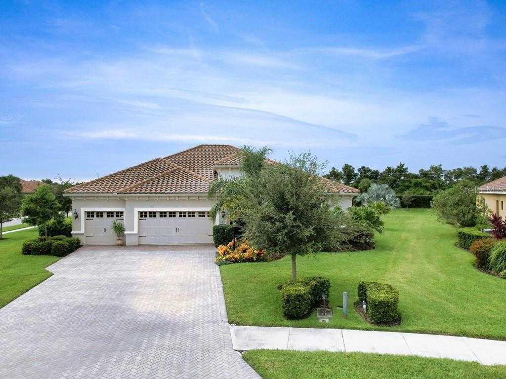 $925,000 - 4Br/3Ba -  for Sale in Wildgrass, Sarasota