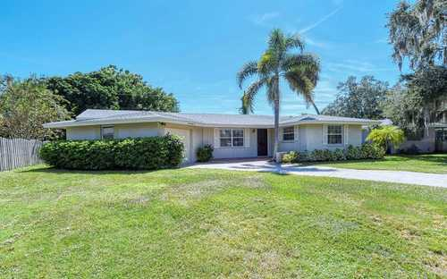 $399,900 - 2Br/2Ba -  for Sale in Gulf Gate, Sarasota
