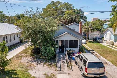 $349,999 - 3Br/2Ba -  for Sale in North Audubon Place, Sarasota