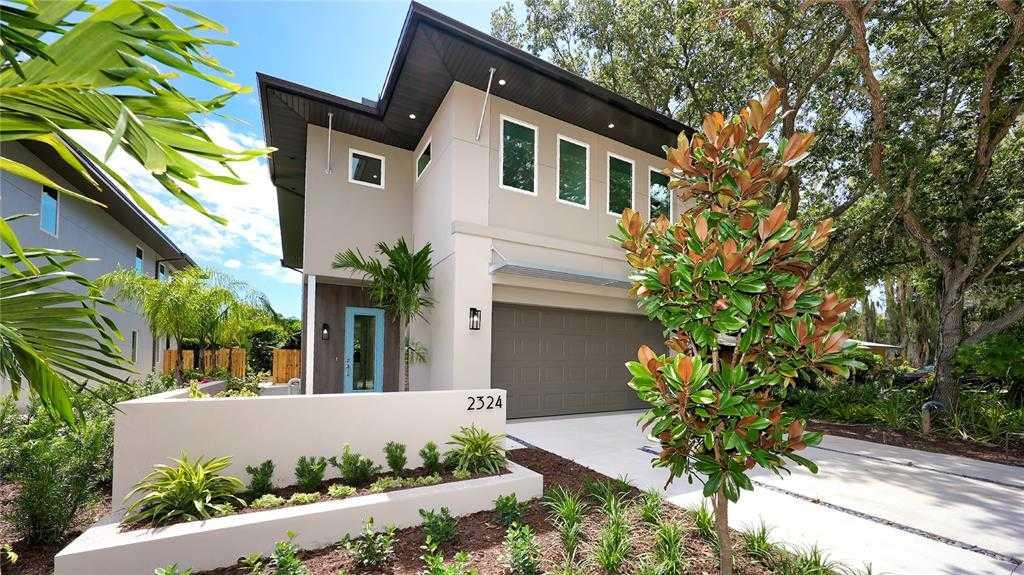 $1,385,000 - 4Br/4Ba -  for Sale in Ridgewood, Sarasota