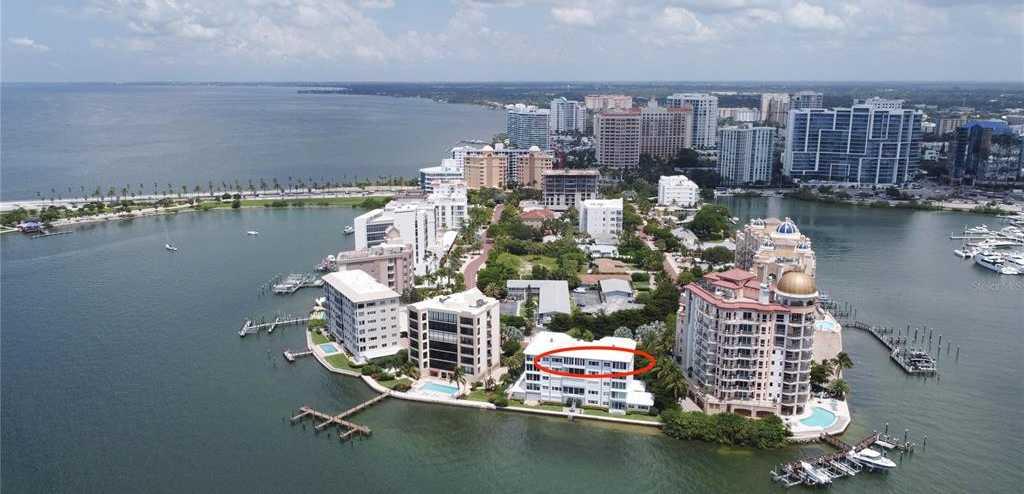 $2,495,000 - 3Br/4Ba -  for Sale in Harbor House South, Sarasota