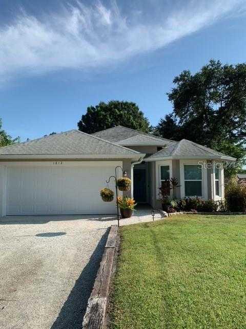$425,000 - 3Br/3Ba -  for Sale in North Vamo Sub 1, Sarasota