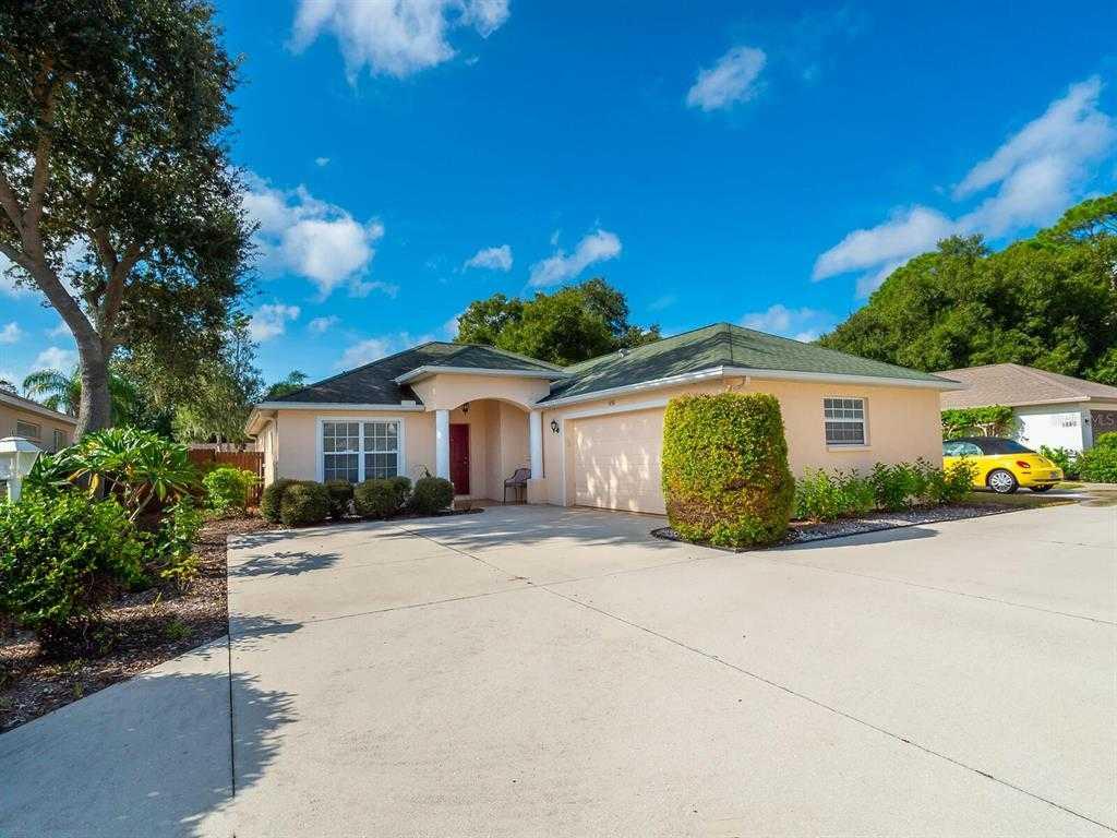 $385,000 - 3Br/2Ba -  for Sale in Summerwood, Sarasota