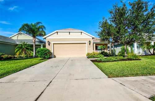 $459,000 - 3Br/3Ba -  for Sale in Woodbrook Ph Iii-a & Iii-b, Sarasota