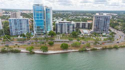 $500,000 - 1Br/1Ba -  for Sale in Royal St Andrew, Sarasota