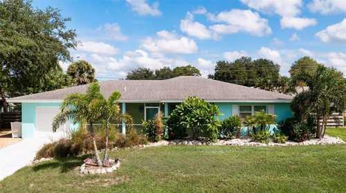 $549,000 - 2Br/2Ba -  for Sale in South Gate, Sarasota