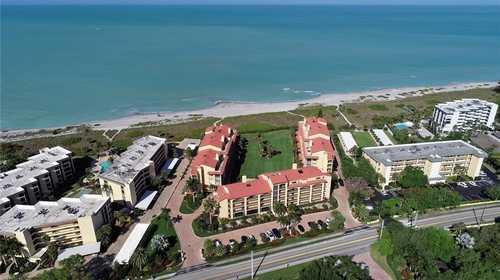 $650,000 - 2Br/2Ba -  for Sale in Tortuga, Sarasota
