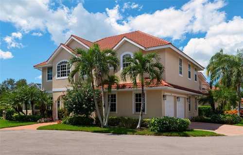 $899,000 - 3Br/3Ba -  for Sale in Prestancia, Sarasota