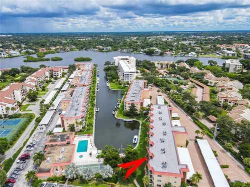 $539,000 - 2Br/2Ba -  for Sale in Siesta Harbor I, Sarasota