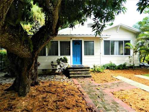 $569,000 - 2Br/1Ba -  for Sale in Granada, Sarasota