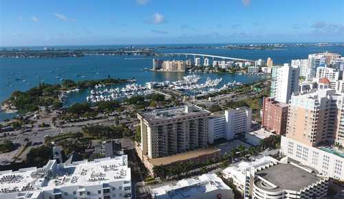 $800,000 - 3Br/2Ba -  for Sale in The 101 Condominium, Sarasota