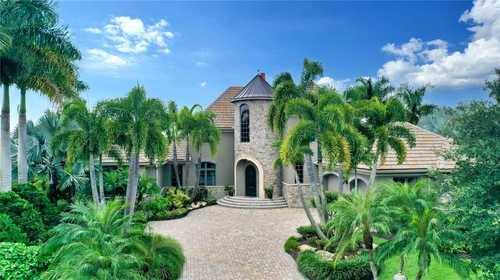 $3,295,000 - 3Br/4Ba -  for Sale in Lake Club Ph I, Lakewood Ranch