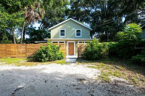 $599,500 - 3Br/3Ba -  for Sale in Valencia Terrace Rev, Sarasota
