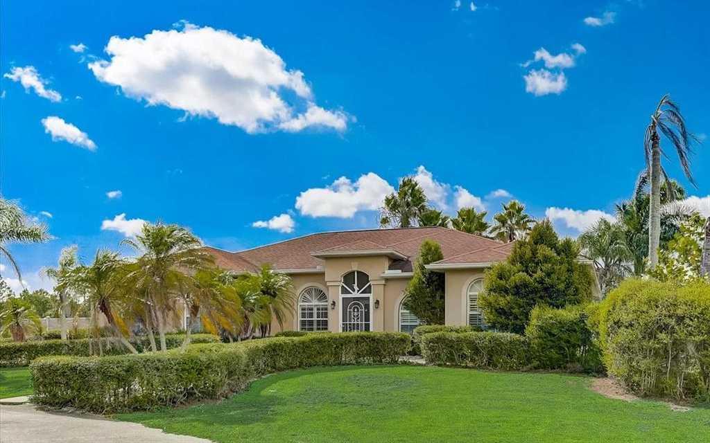 $680,000 - 4Br/2Ba -  for Sale in Bel-air Estates, Sarasota