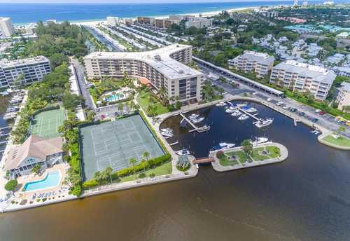 $595,000 - 2Br/2Ba -  for Sale in Harbor Towers Y & R, Sarasota