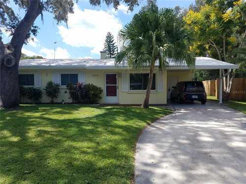 $365,000 - 3Br/1Ba -  for Sale in Ridgewood Estates 09 Add, Sarasota