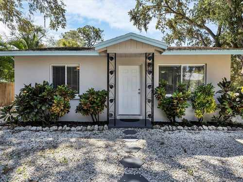 $689,000 - 2Br/2Ba -  for Sale in Bayview, Sarasota