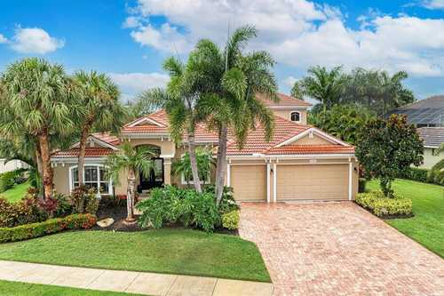 $1,100,000 - 7Br/4Ba -  for Sale in Lakewood, Lakewood Ranch
