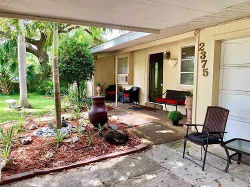 $475,000 - 4Br/3Ba -  for Sale in Loma Linda Park, Sarasota