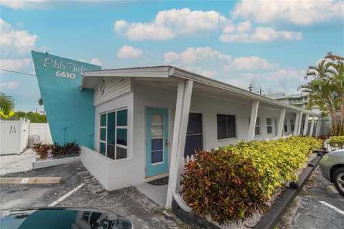 $449,500 - 1Br/1Ba -  for Sale in Ebbtide, Sarasota