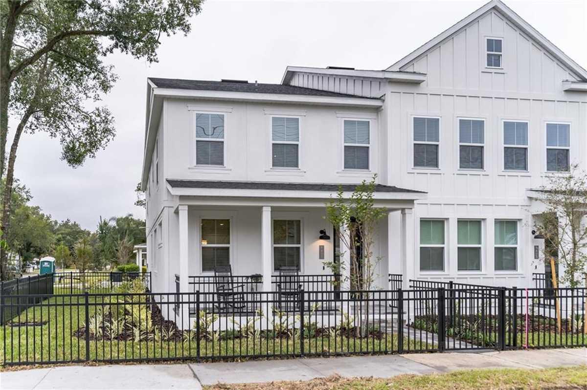 $368,000 - 3Br/3Ba -  for Sale in Michigan Street Condominiums, Orlando