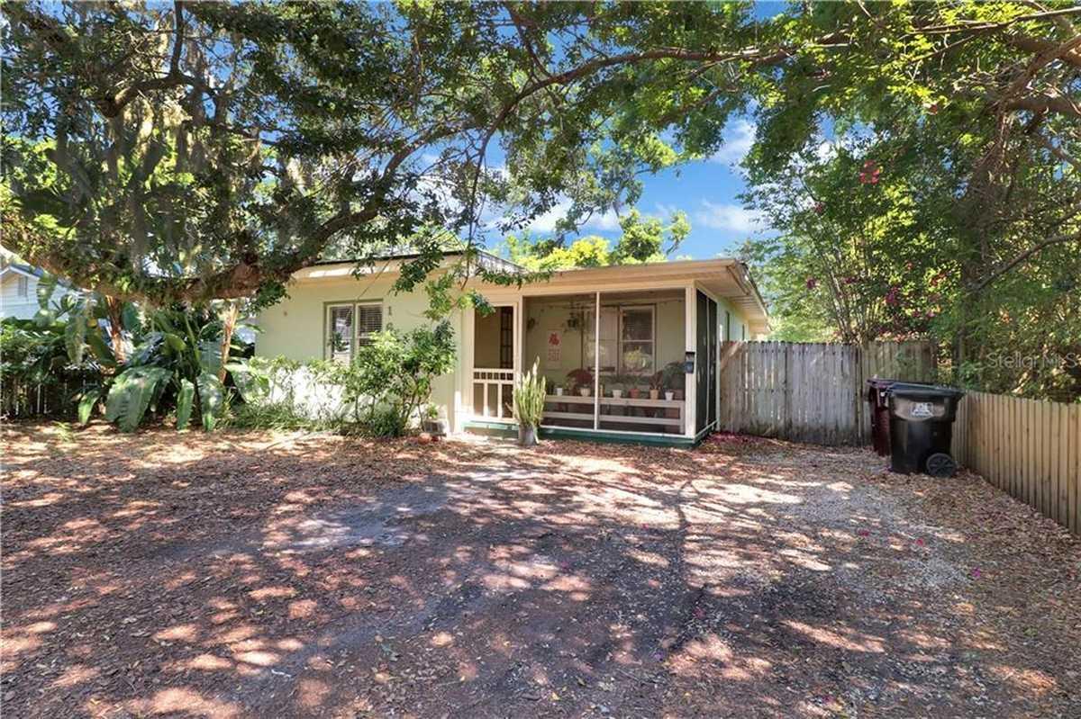$299,000 - 3Br/1Ba -  for Sale in Colonial Grove Estates 1st Add, Orlando