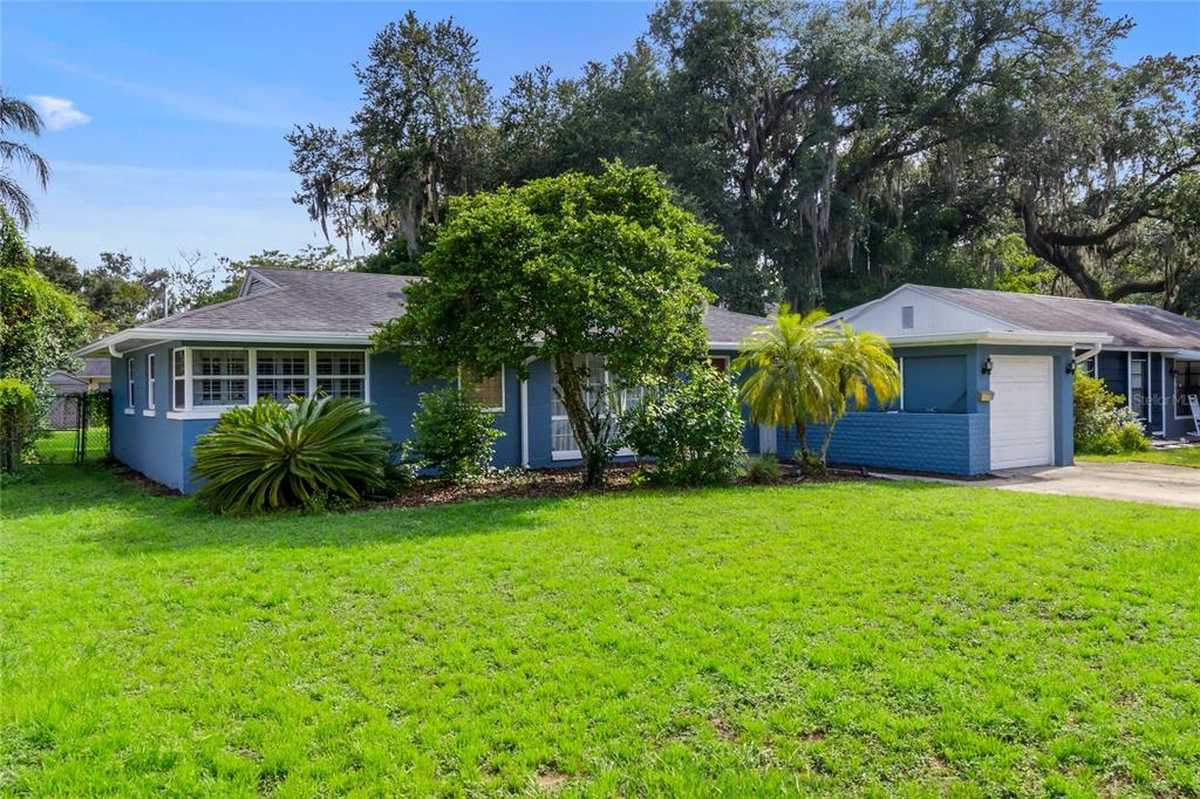 $460,000 - 4Br/3Ba -  for Sale in Edgewater Heights 02, Orlando