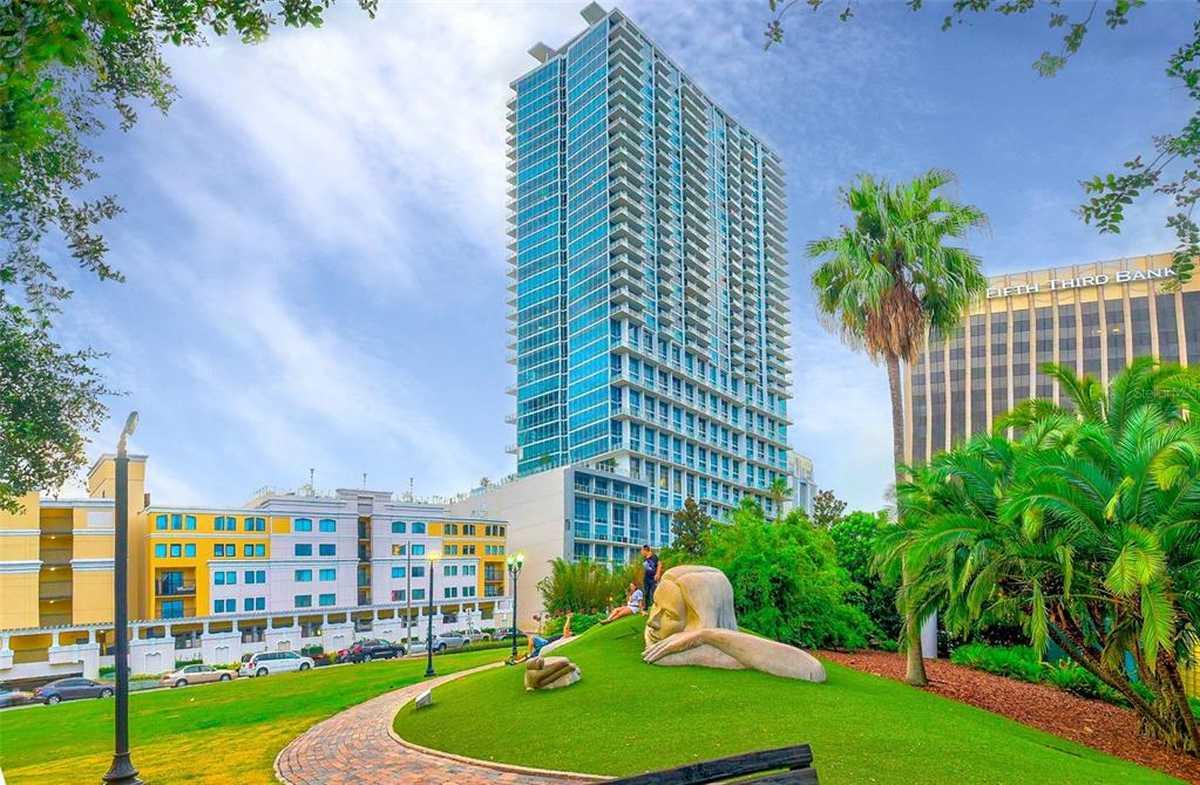 $1,999,999 - 4Br/3Ba -  for Sale in Vue/lk Eola, Orlando