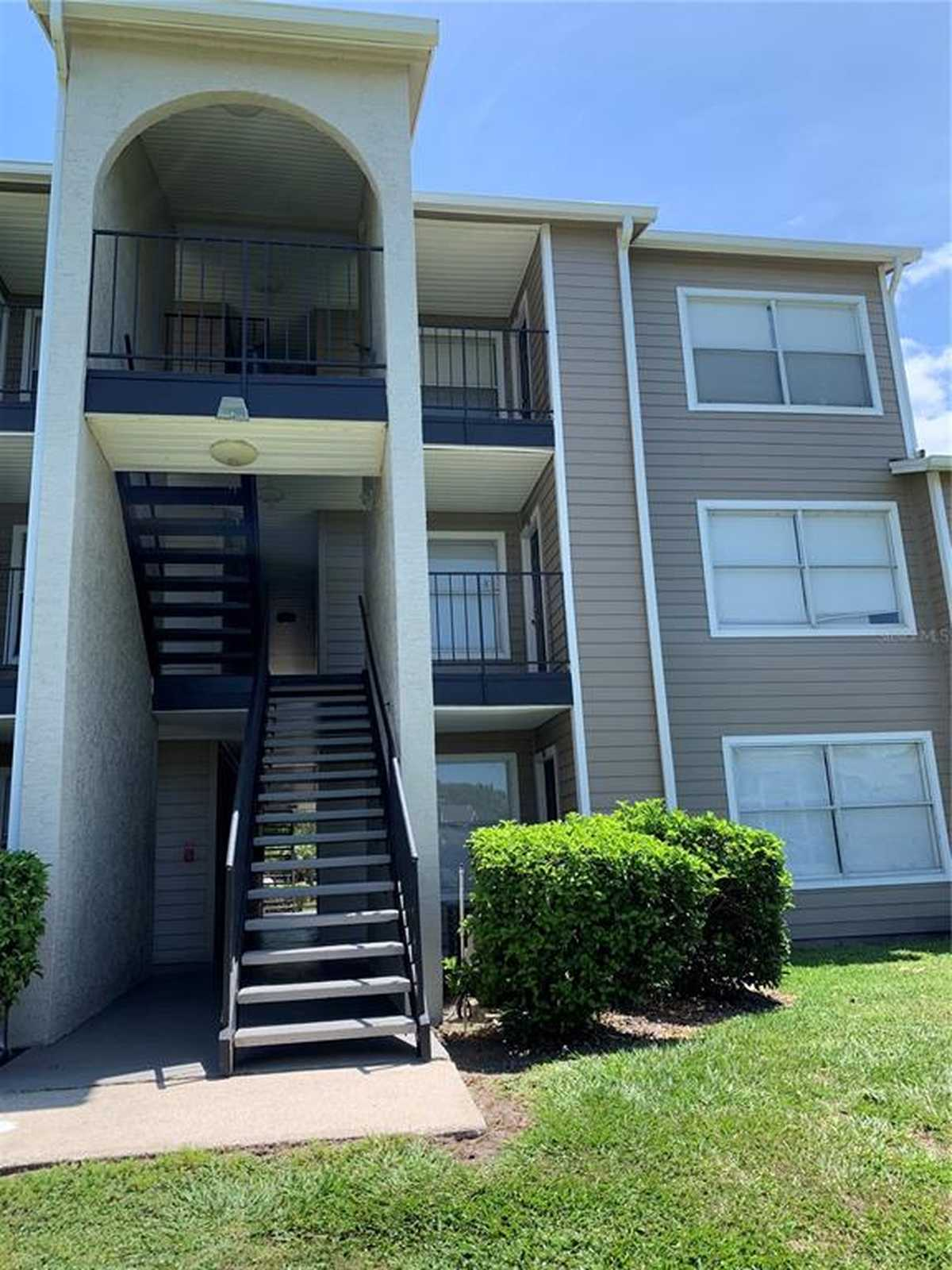 $99,000 - 1Br/1Ba -  for Sale in Walden Palms Condo Bldg 17, Orlando