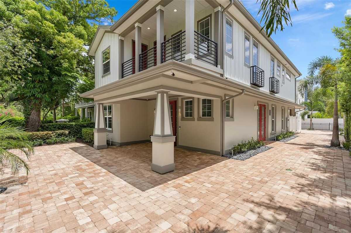 $999,999 - 4Br/3Ba -  for Sale in C W Rowes Sub, Orlando