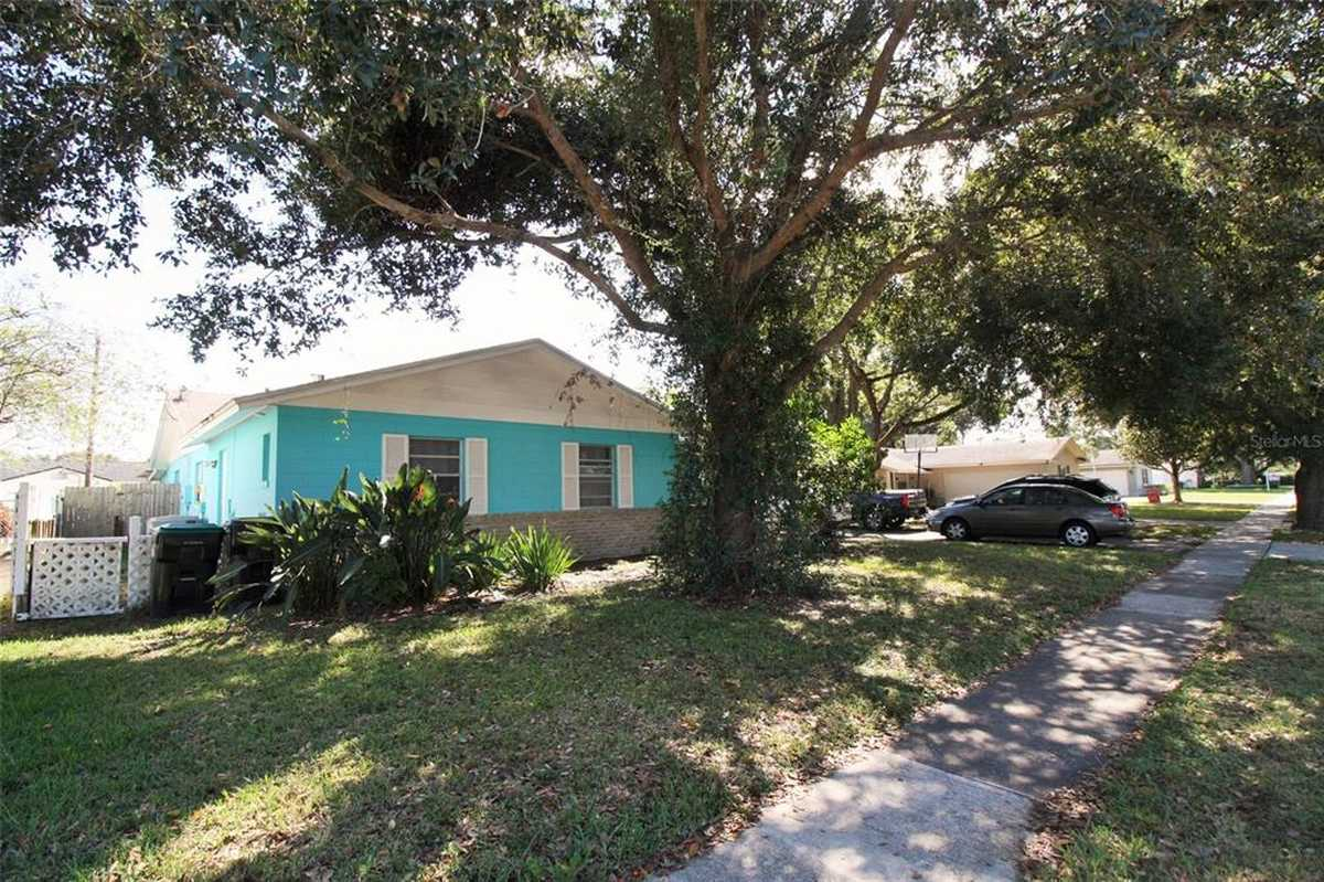 $519,880 - 4Br/3Ba -  for Sale in Winter Park Pines, Winter Park