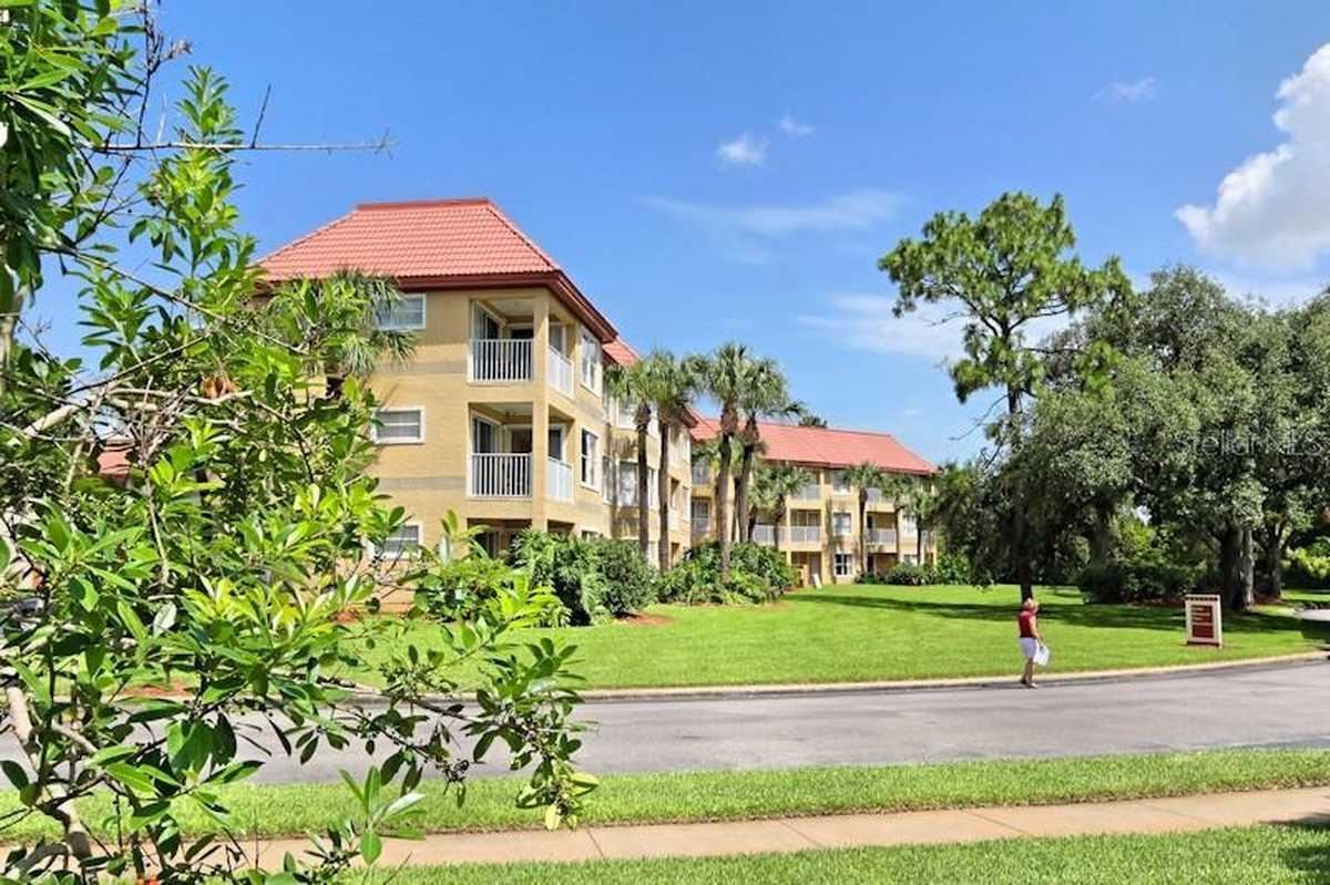 $114,900 - 2Br/2Ba -  for Sale in Parc Corniche Condo Ph 01, Orlando