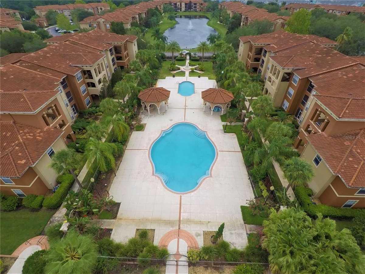 $210,000 - 3Br/2Ba -  for Sale in Palms Club Condo, Orlando