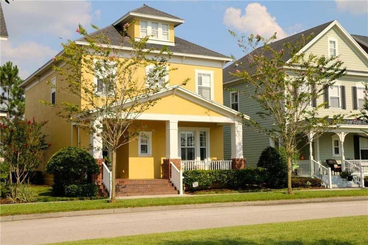$640,000 - 4Br/3Ba -  for Sale in Baldwin Park, Orlando