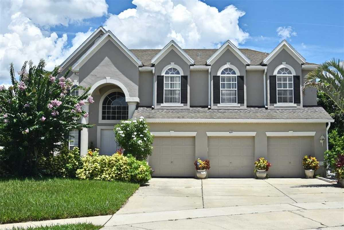 $549,900 - 4Br/3Ba -  for Sale in Willows On The Lake, Ocoee