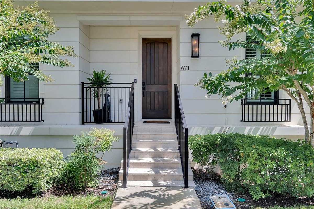 $949,000 - 3Br/4Ba -  for Sale in Brownstones At Thornton Park, Orlando
