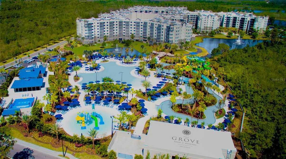 $350,000 - 2Br/2Ba -  for Sale in Grove Resort, Winter Garden