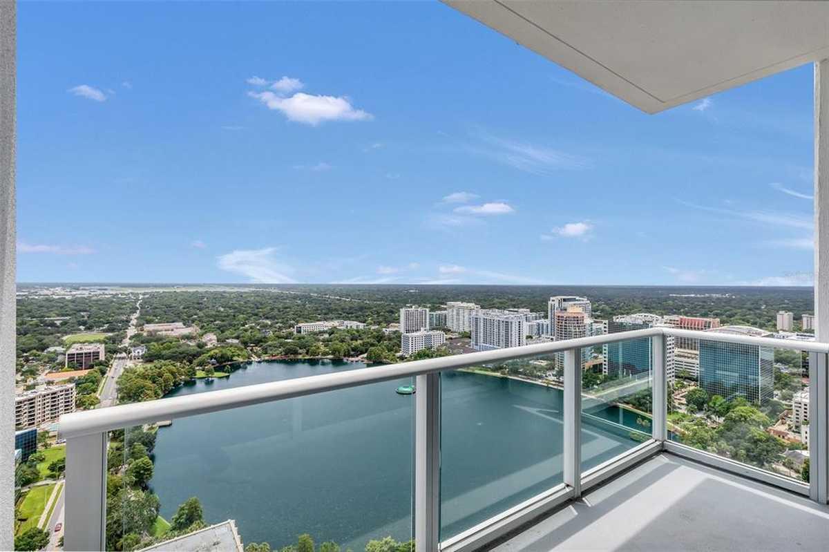 $464,900 - 2Br/2Ba -  for Sale in Vue/lk Eola, Orlando