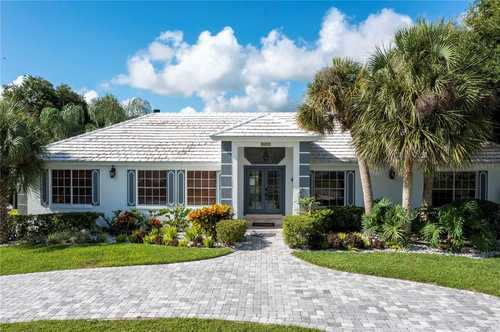 $1,199,000 - 5Br/4Ba -  for Sale in South Bay Sec 03, Orlando