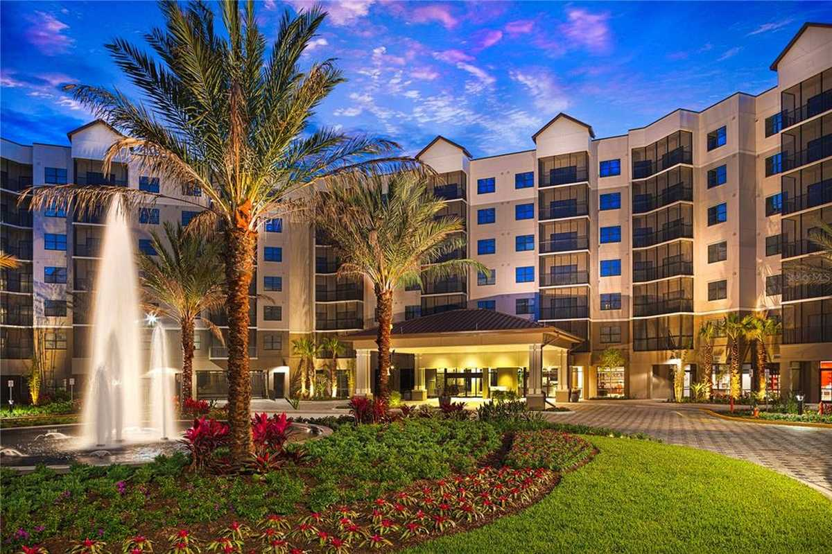 $350,000 - 2Br/2Ba -  for Sale in The Grove Resort And Waterpark, Winter Garden