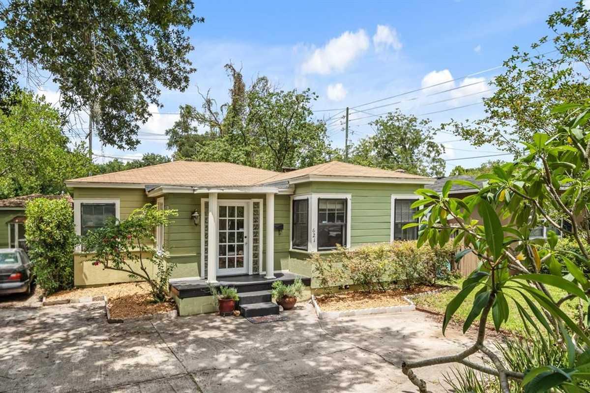 $339,000 - 3Br/2Ba -  for Sale in Pine Grove Park, Orlando