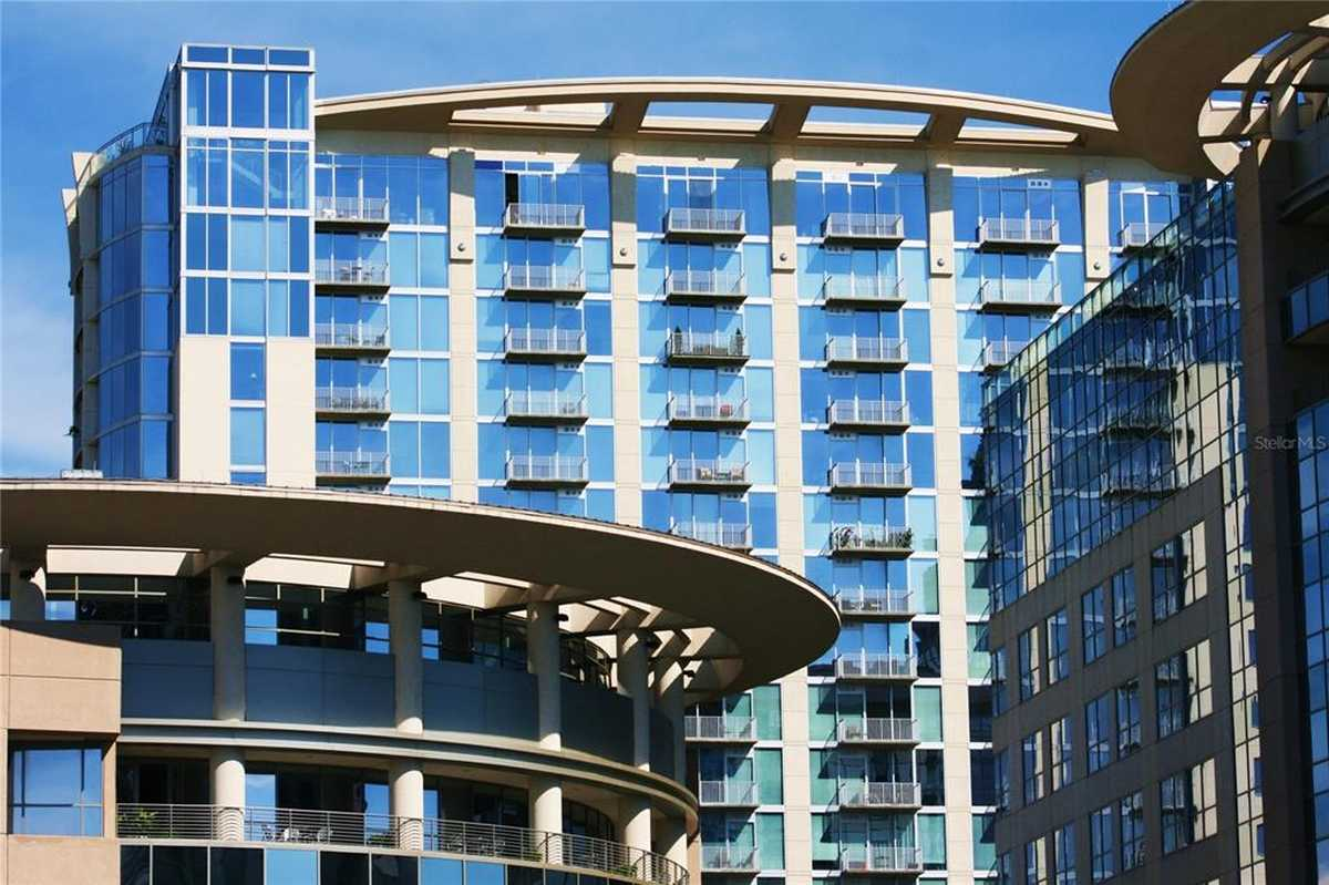 $227,900 - 1Br/1Ba -  for Sale in Solaire At The Plaza, Orlando