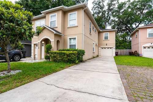 $399,000 - 3Br/3Ba -  for Sale in College Park, Orlando